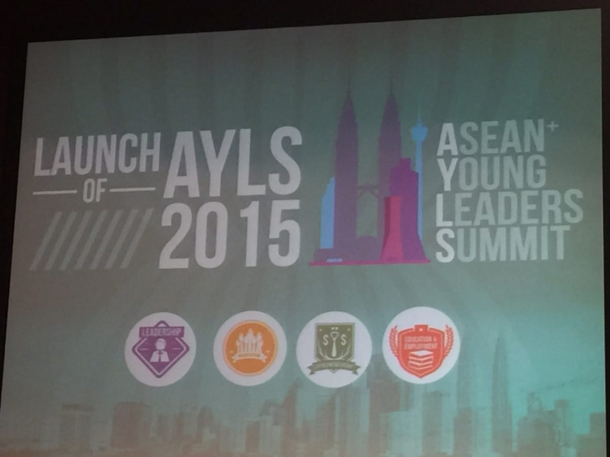 2 members from Leave a Nest Malaysia is attending ASEAN YOUNG LEADERS SUMMIT 2015 @ Putra World Trade Center KL, Malaysia