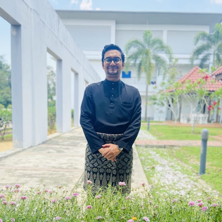 Arief as a new member in Leave a Nest Malaysia; a brief review